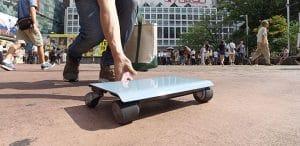 WalkCar wird auf den Boden gesetzt