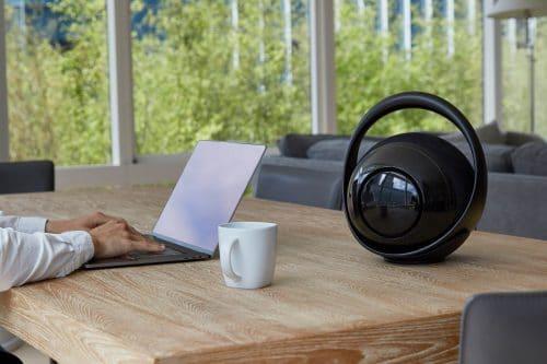 Belle Bluetooth Lautsprecher im Büro