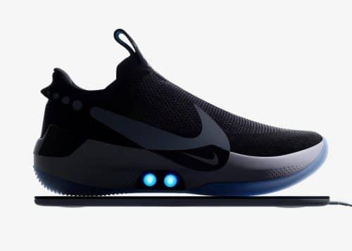 Nike Adapt BB seitlich dargestellt