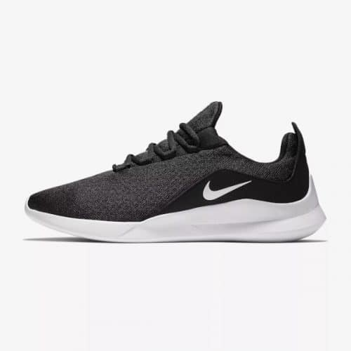 Der Nike Viale Sneaker