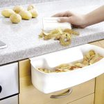 Wenko Auffangschale | entsorgt gleich Abfälle beim Kochen